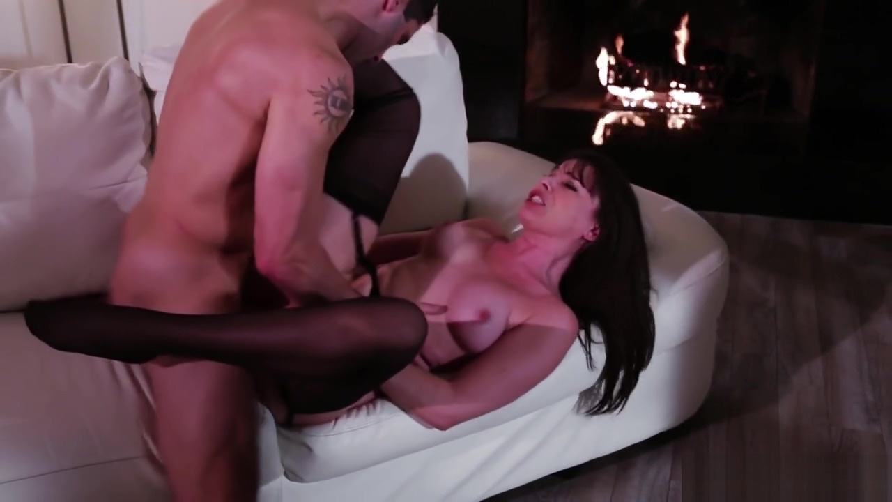 Gorgeous milf in sexy stockings is screwed Sexy stories of boobs