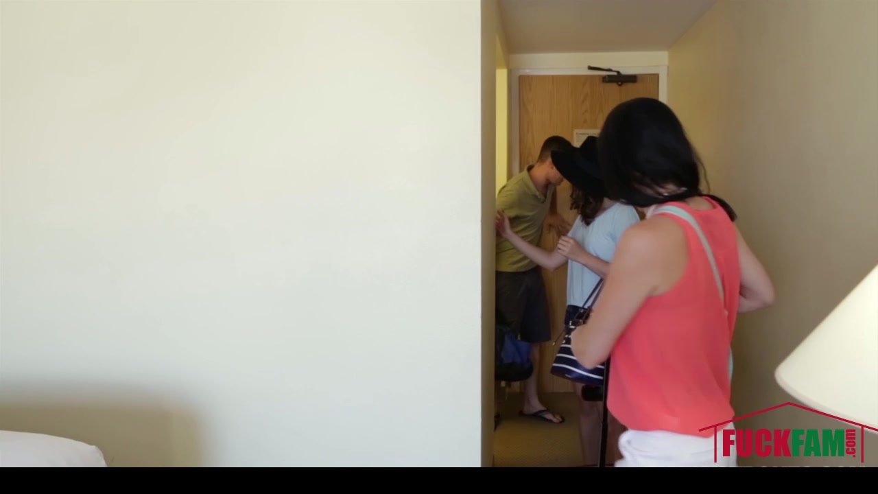 Rhaya Shyne in Family Vacation free mother daughter porn tgp