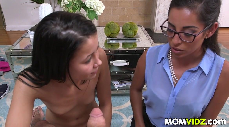 Stepmom Sofia Rivera in hot 3some with Alaina Kristar and BF Fuck buddy in Bialystok