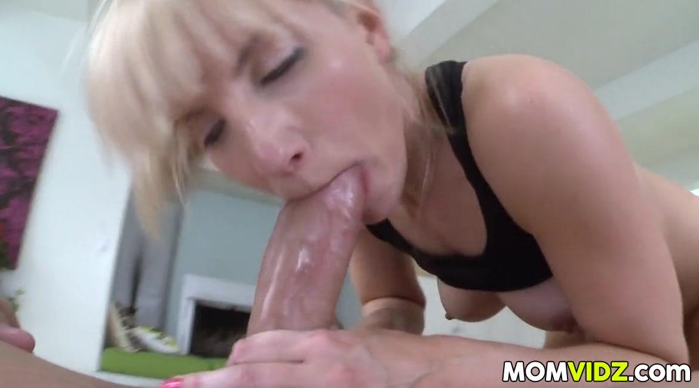 xxx pics More amatuer bbw wife sucking craigslist cock