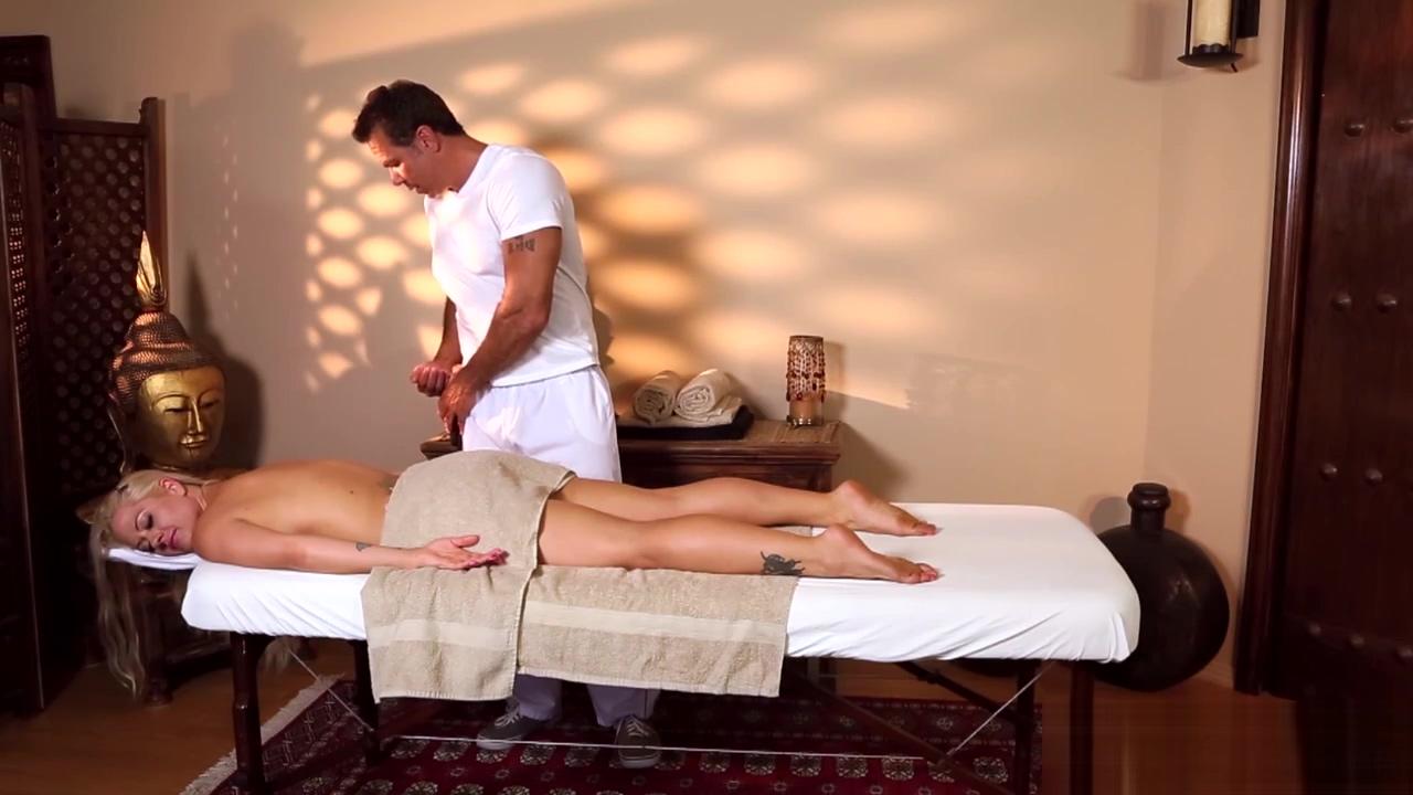 Blonde stunner massaged Ass shemale black porn