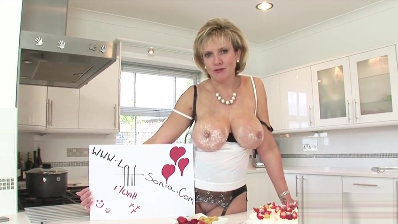 Unfaithful english milf gill ellis displays her monster puppies