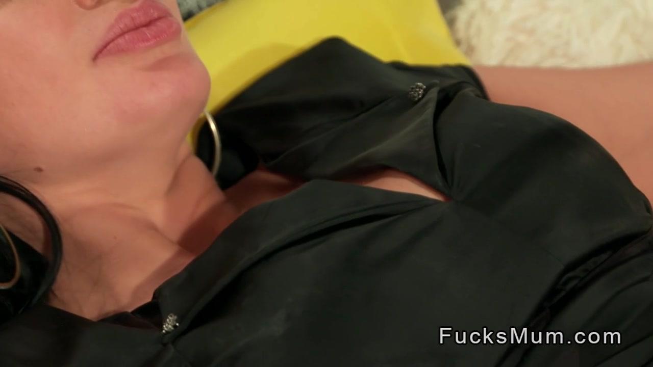 Nude photos Nice tits on older women