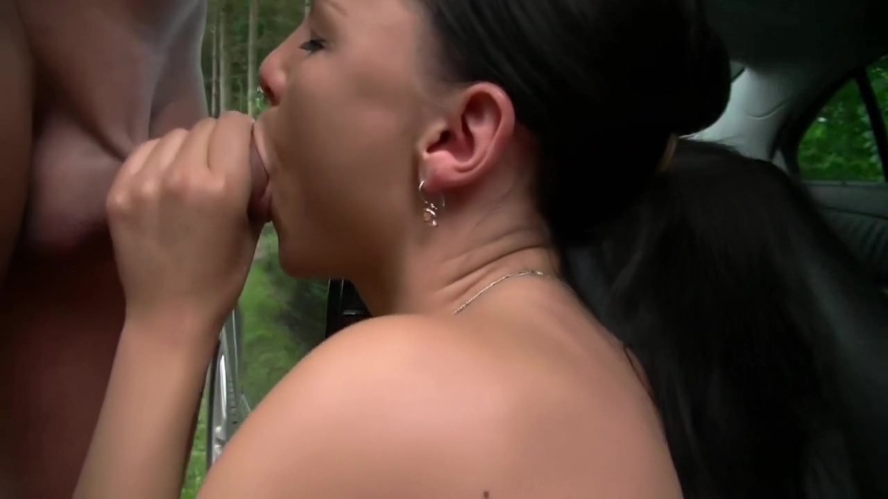 Blowjob Adoring Hottie Outdoor Blowjob To Pleasure Her Man Brunette chick Karla ready to fuck