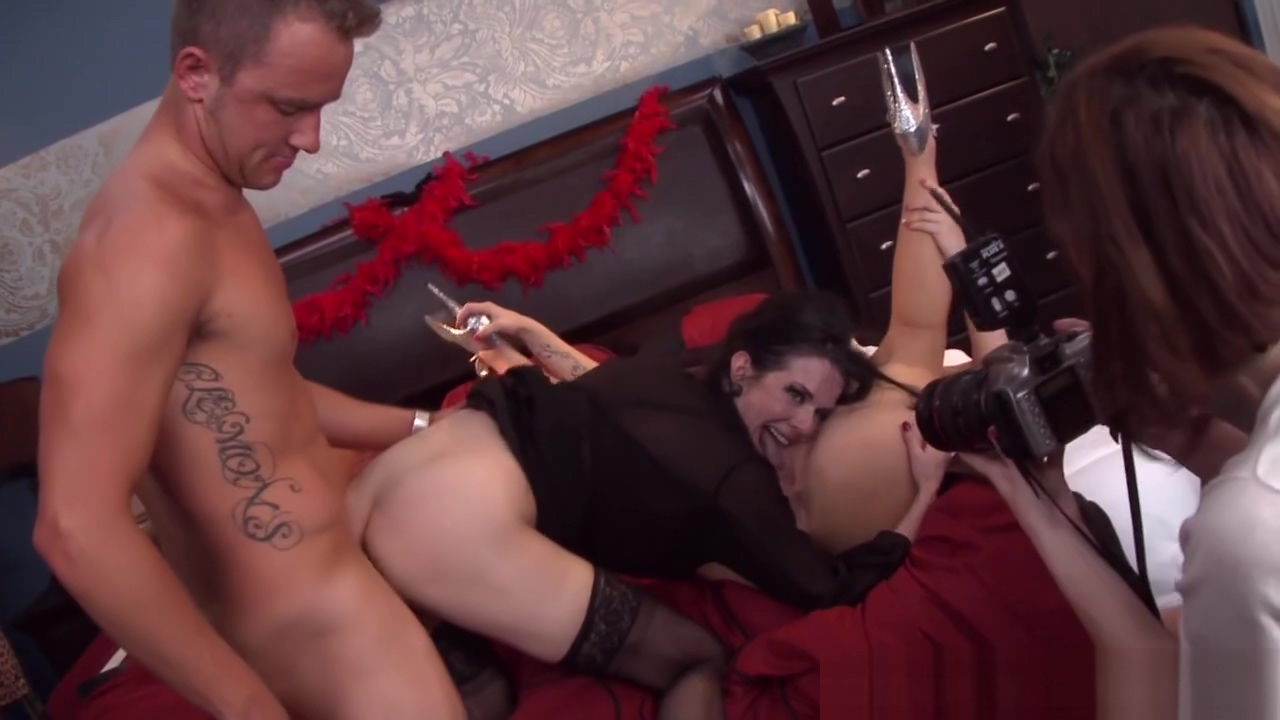 Emily Austin shares her man with pals Ex wives getting fucked