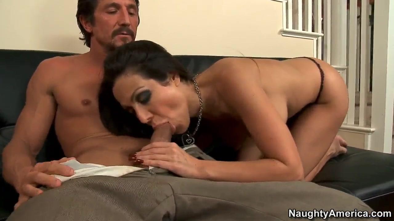 Naked Gallery Lesbian pornstar seduces my wife