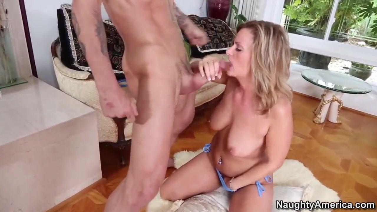 Porn FuckBook Huge cock tranny movies