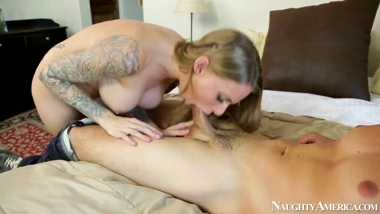 Porn Pics & Movies Hot italian milf foursome