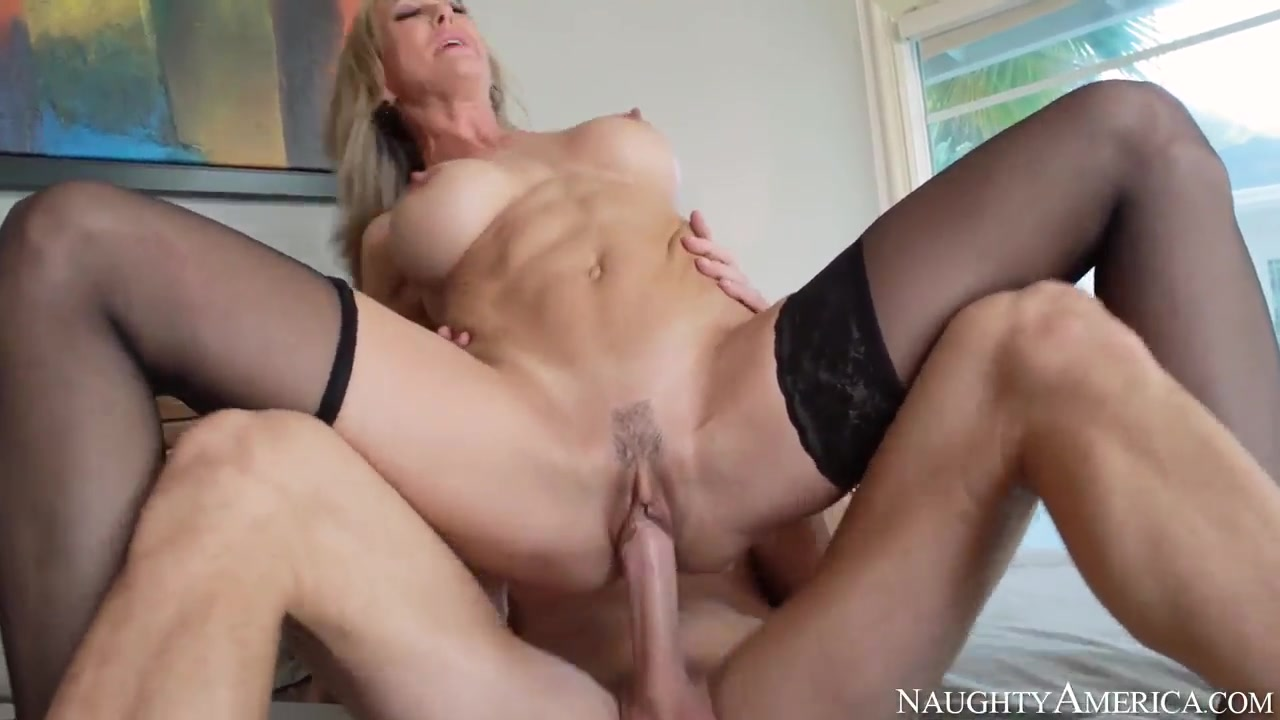 Amateur milf squirting Porn clips