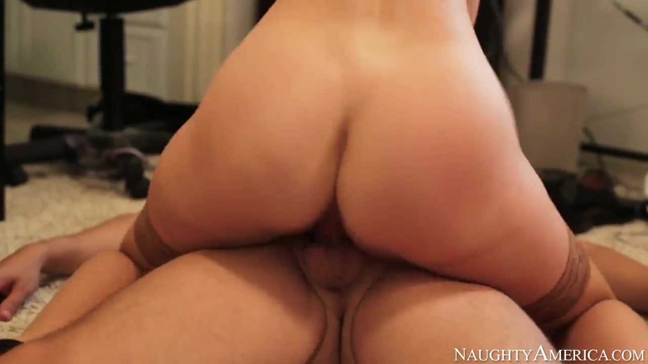 Hot Nude gallery Good sex positions for fat women