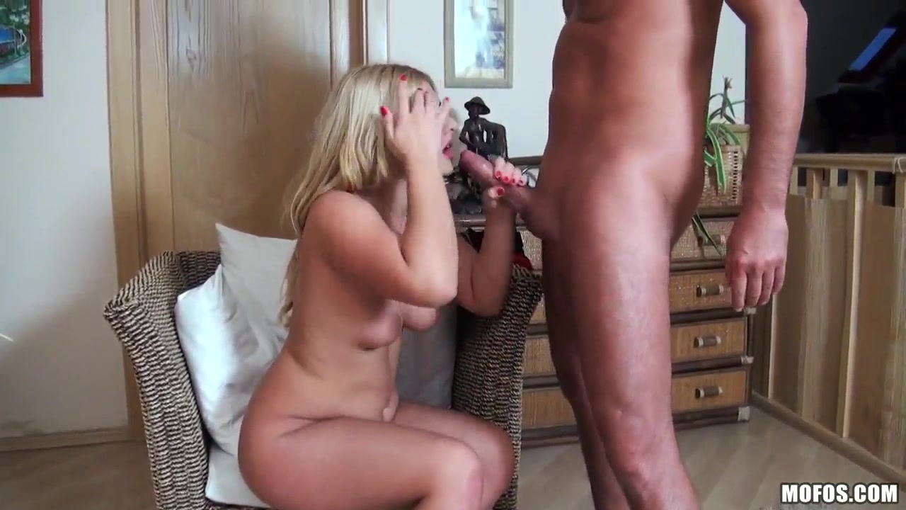 Adult sex Galleries Tits Out In Bar