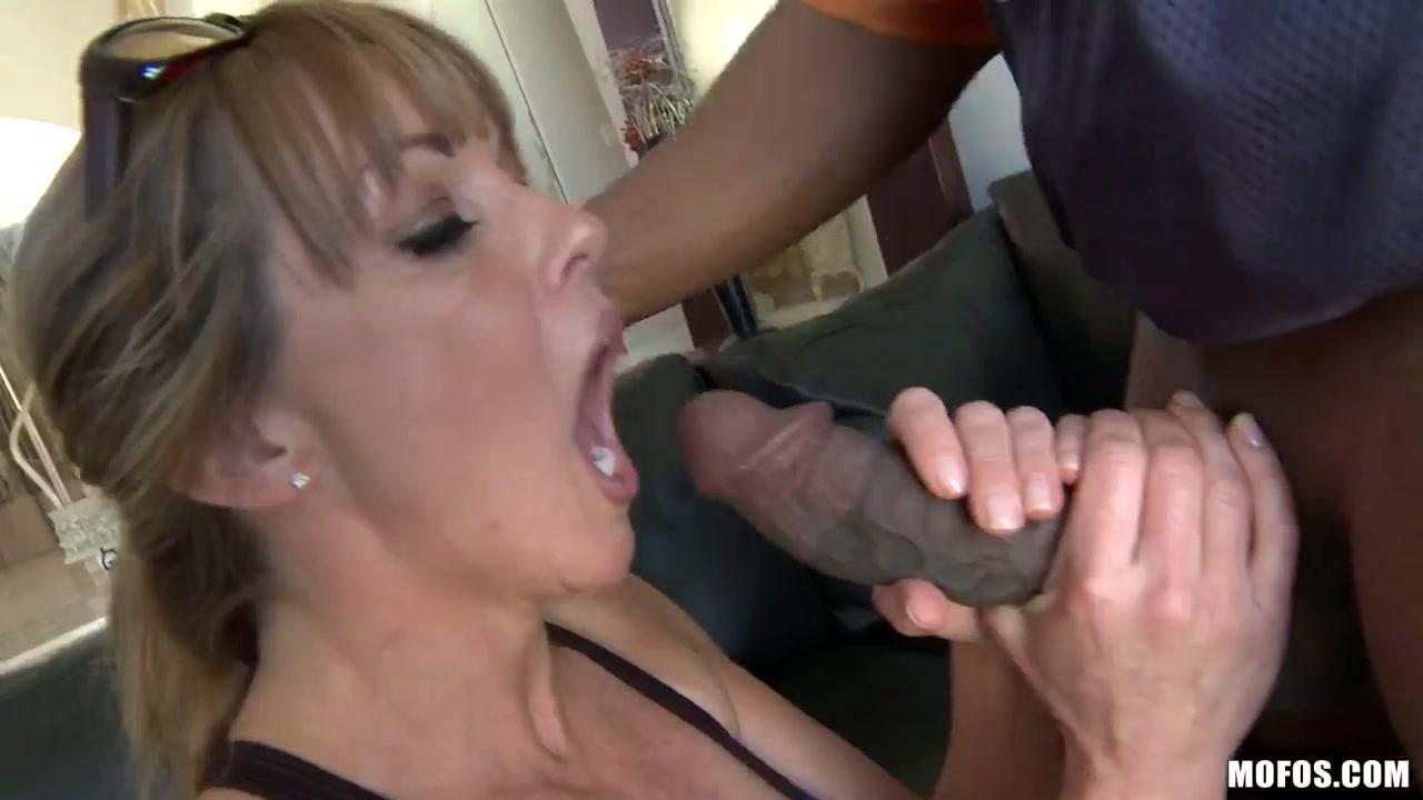 Hot Nude Zachary gordon and sabrina carpenter dating