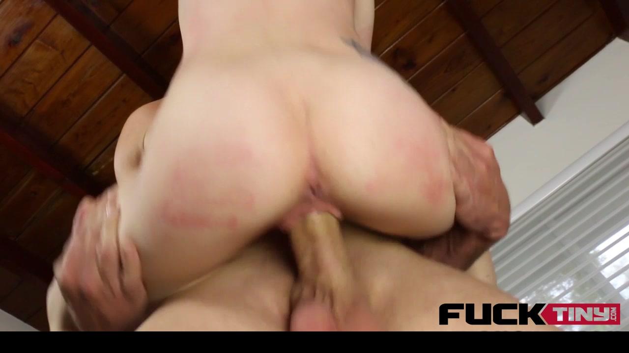 Big boobs hypnotized Porno photo