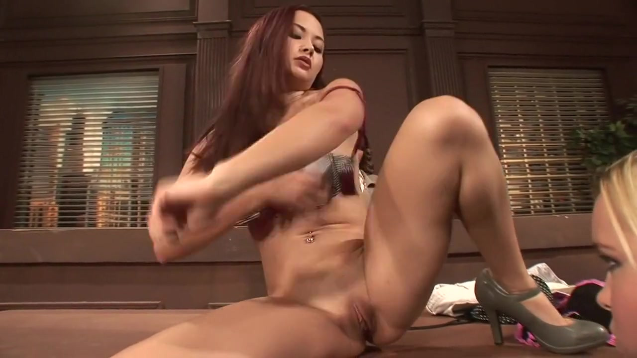 Masturbated Kissing lesbion porns