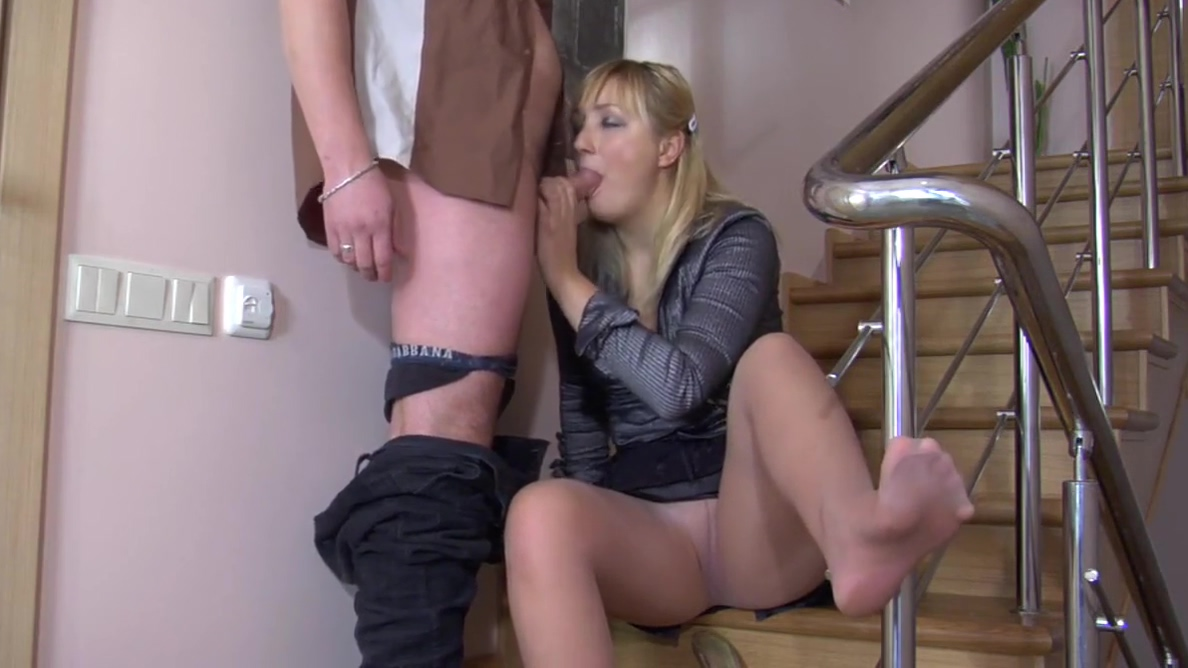 Guy and blonde milf foot fetish Lesbian group strapon ram