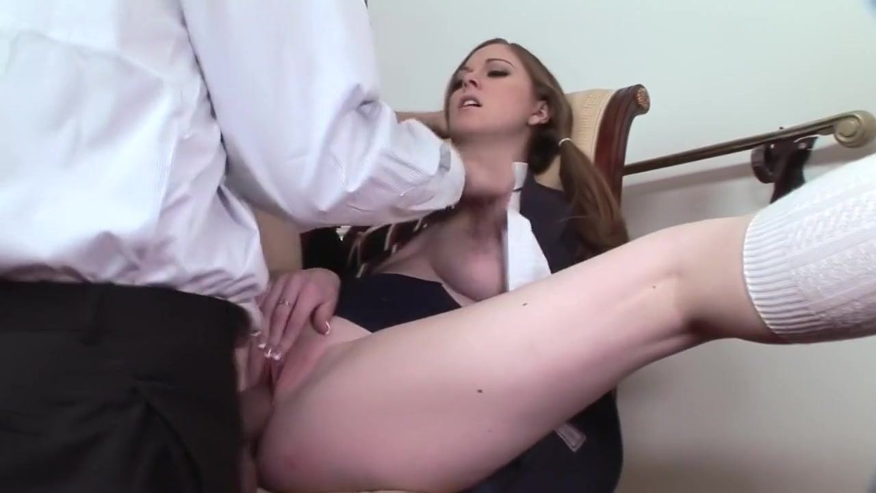 Hot Nude Pimp and host nudist