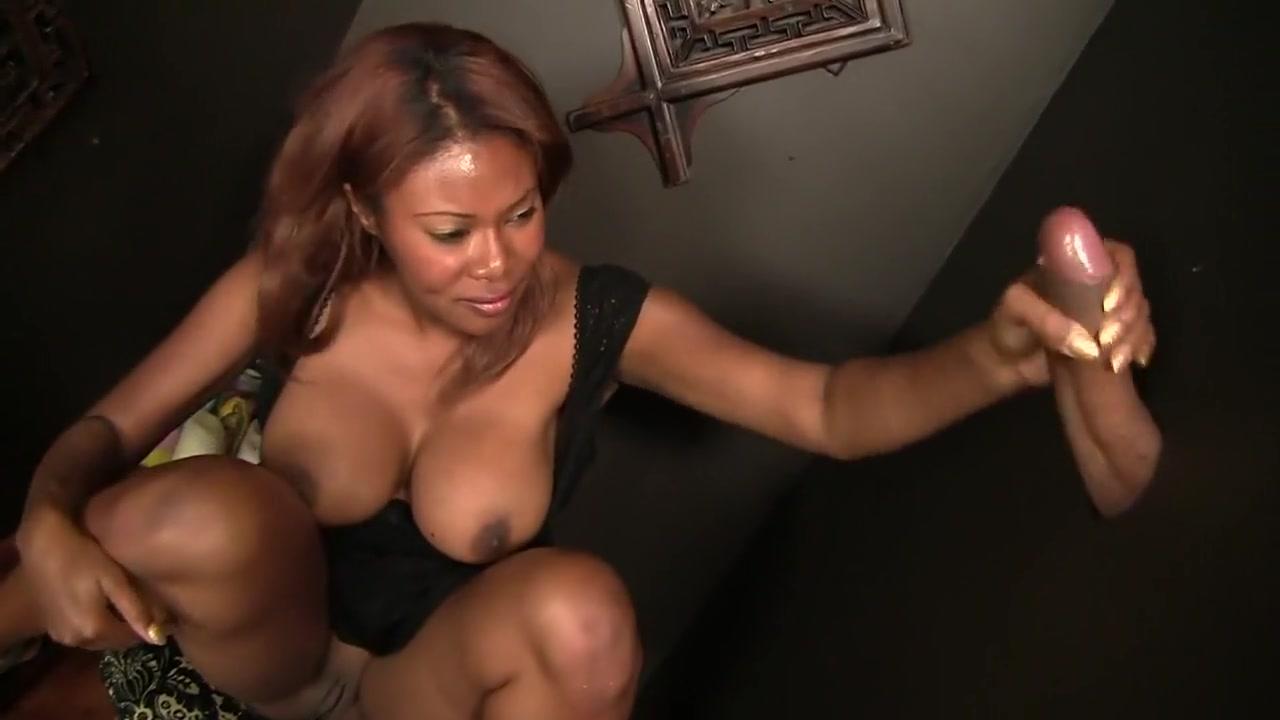 Debby Ryan Sexy Bikini Porn galleries