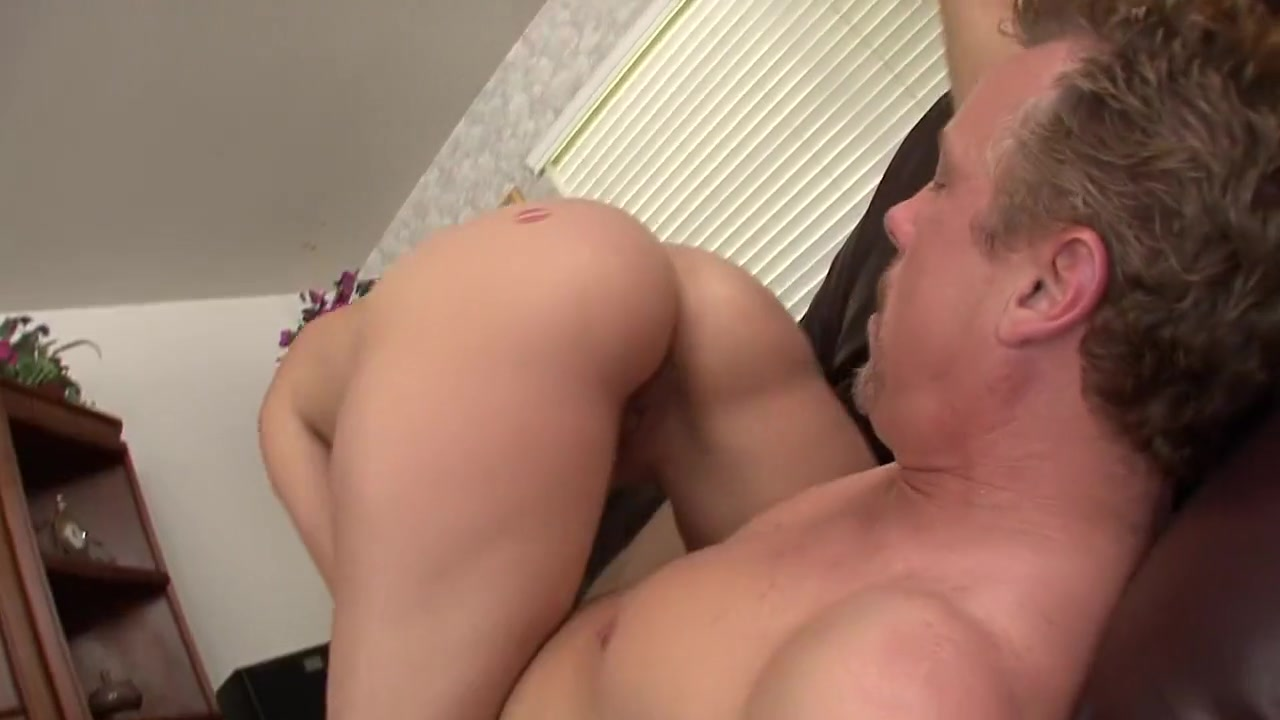 Are cato and glimmer dating in real life Hot porno