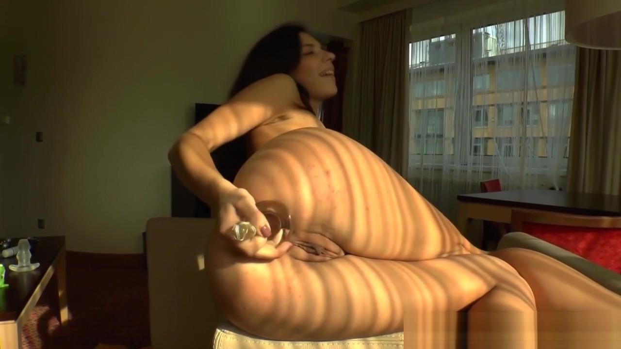 Butt sluts clamp pussies