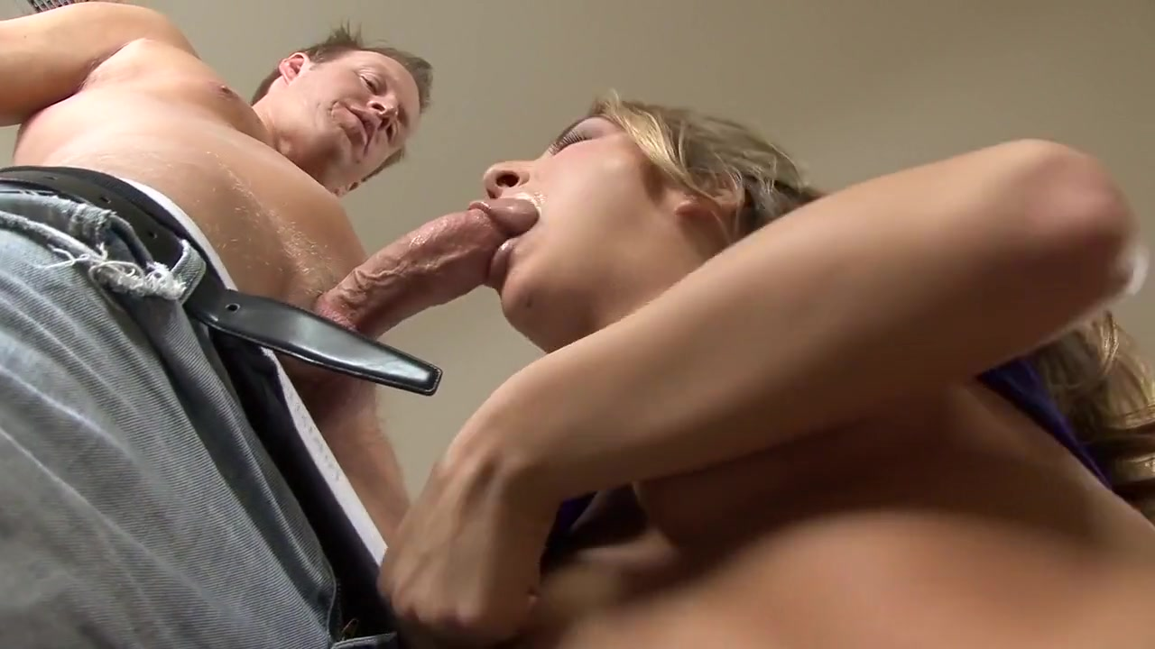 Pussy bisexual Shown lesbiana licking