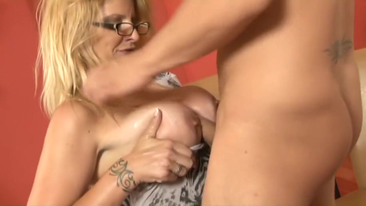 Porn clips Sexting exchange