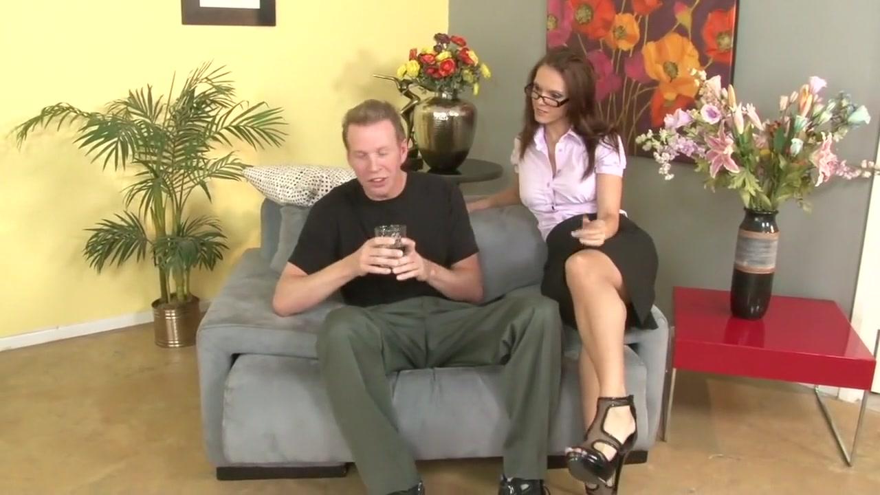 girls using big strap on dildos Porn archive