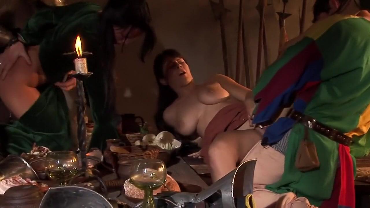 New xXx Video Busty naked amatuer women