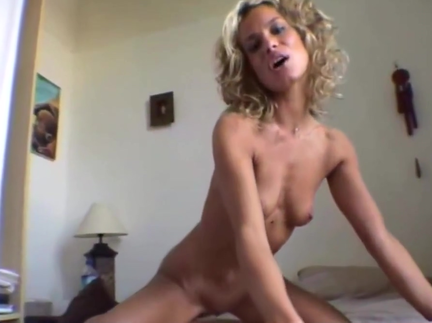 Singing Alexia Juggs glory hole