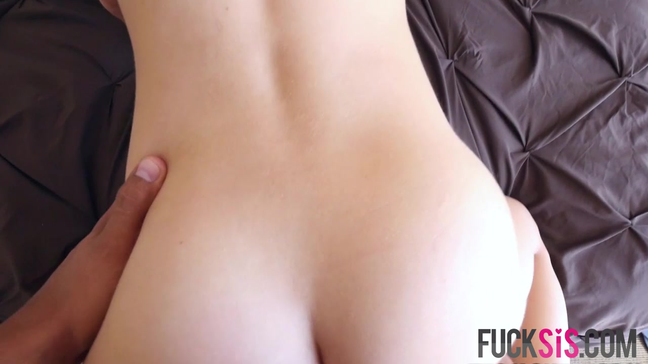 Hot Nude Sexy milf tied