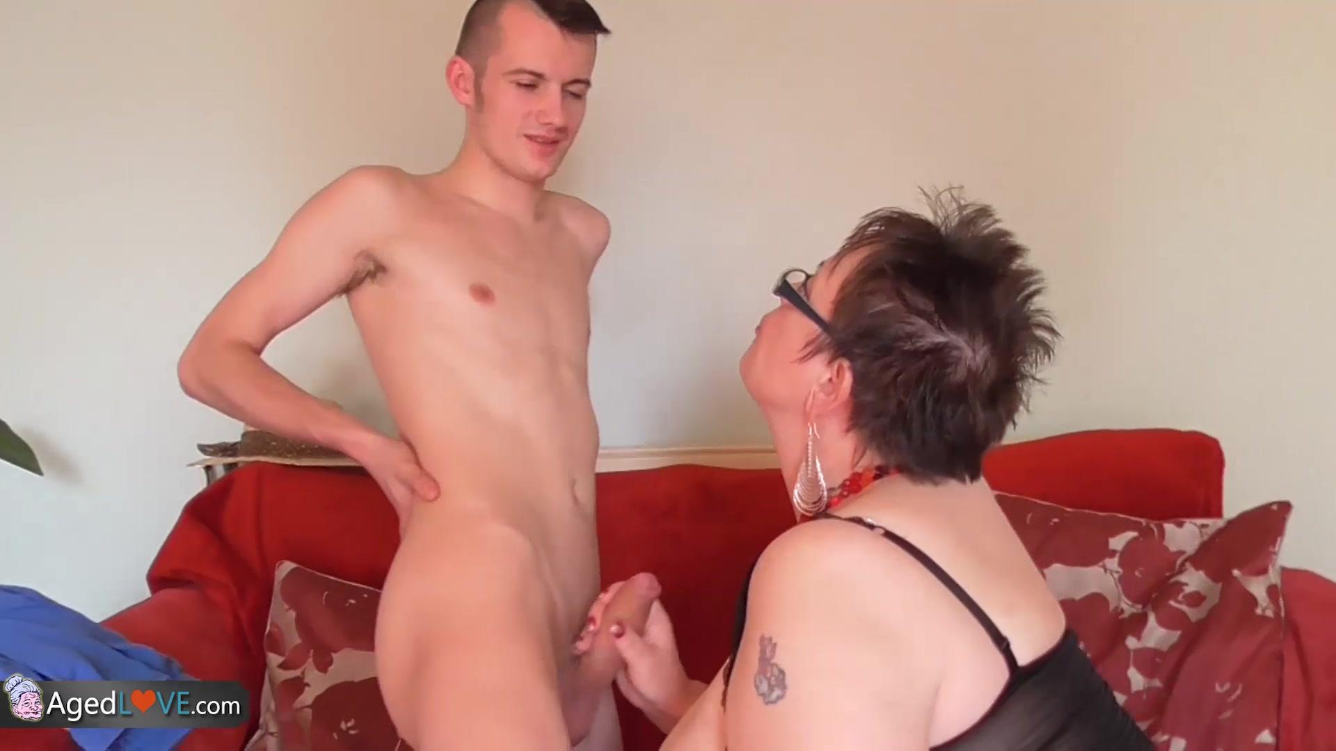tranny oral cumshot tube Sex archive