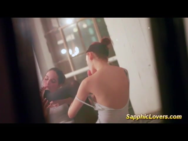 Dublado fauno dating do labirinto O online