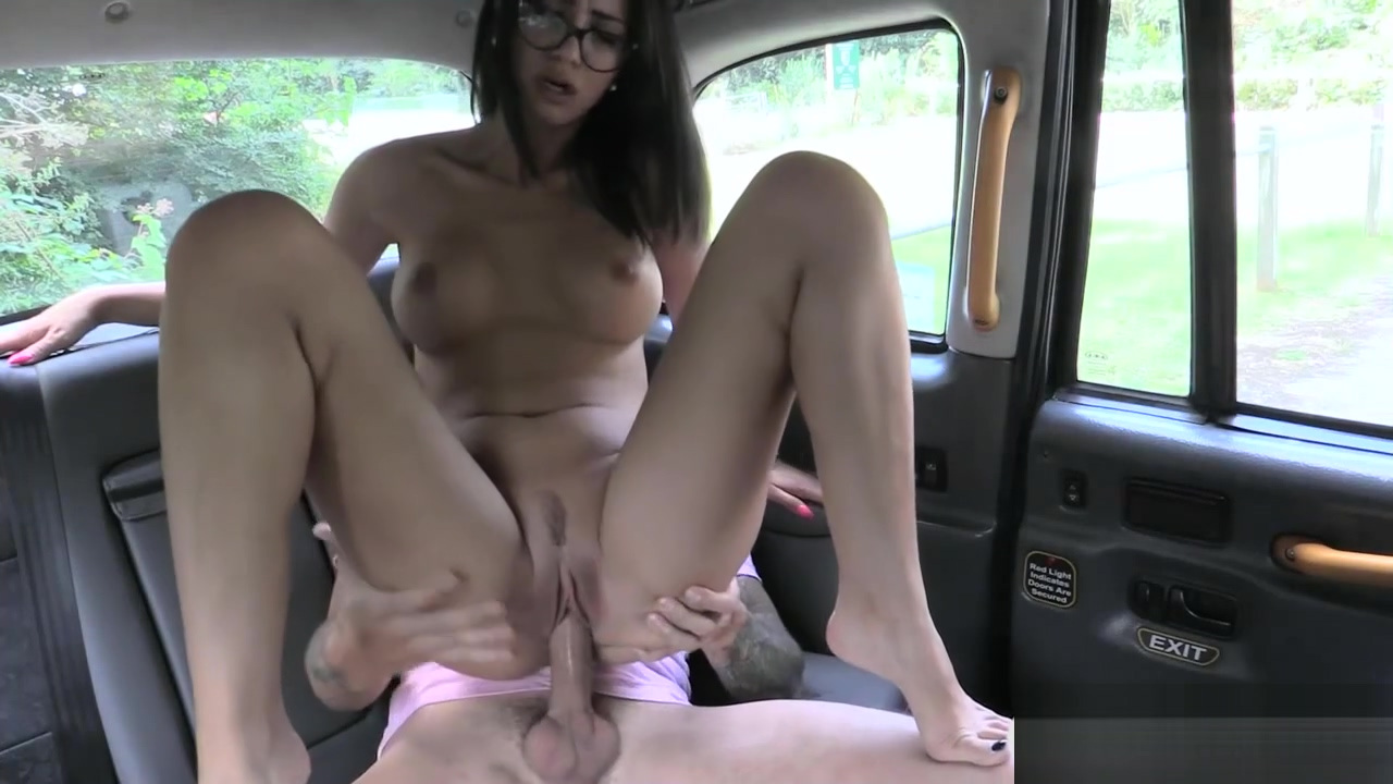 Sexy Spanish babe gets fucked in the cab big black ass getting fucked