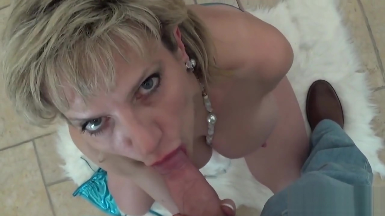 Cheating english milf lady sonia displays her massive tits
