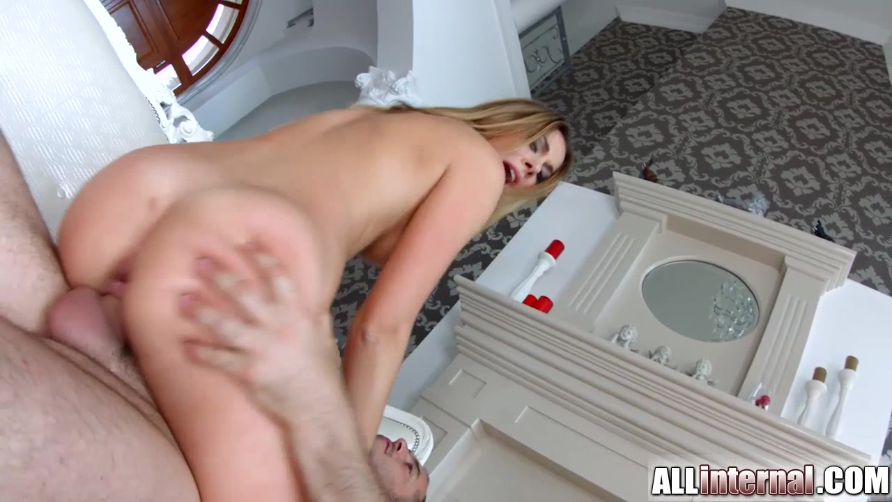 Sexy xxx video Mature milf masturbates with dildo