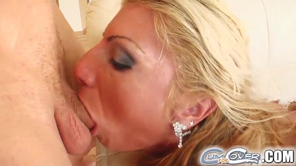 Naked 18+ Gallery Redhead tranny fucks ass during a twosome