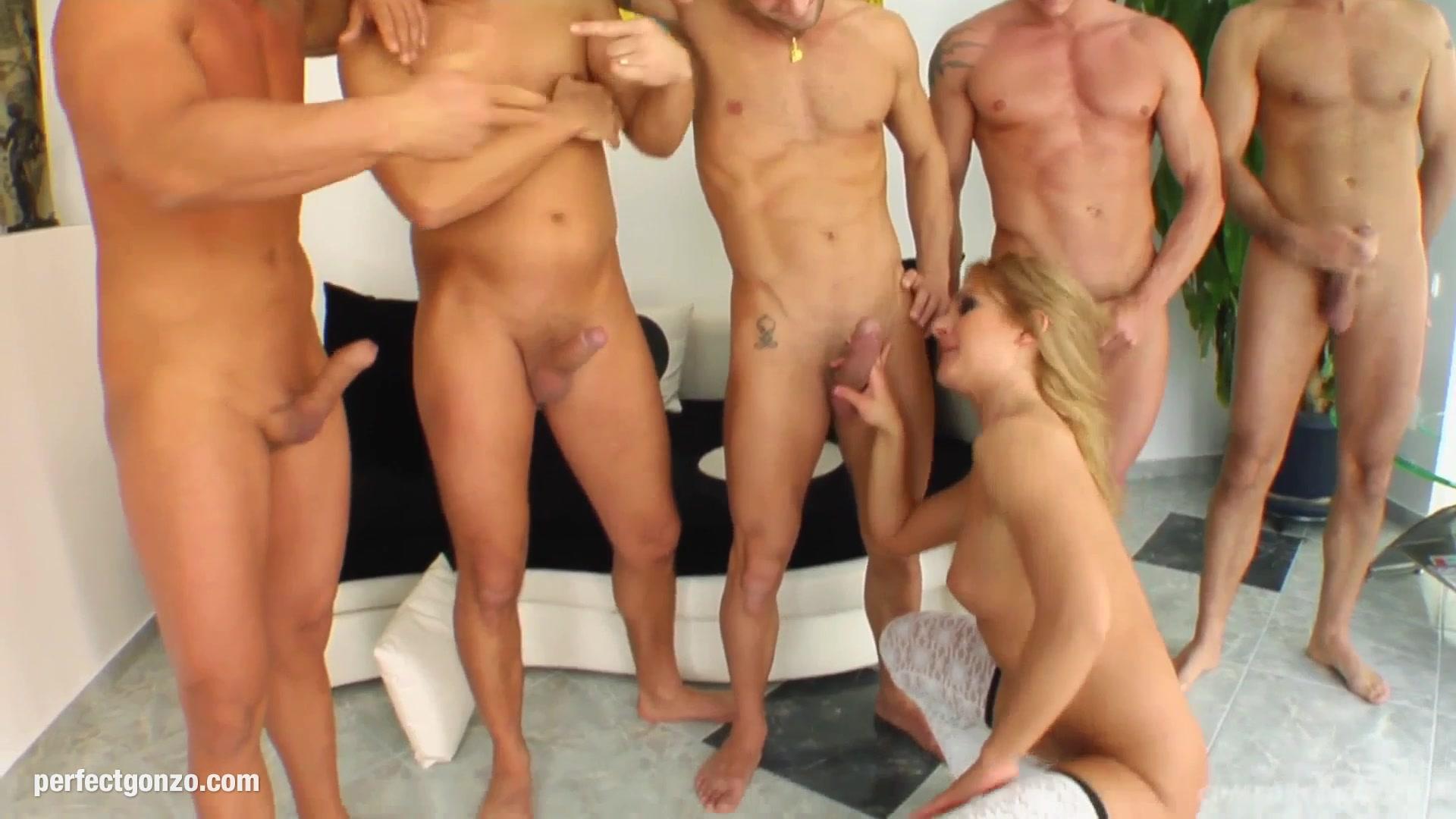 naked tits hot Porno photo