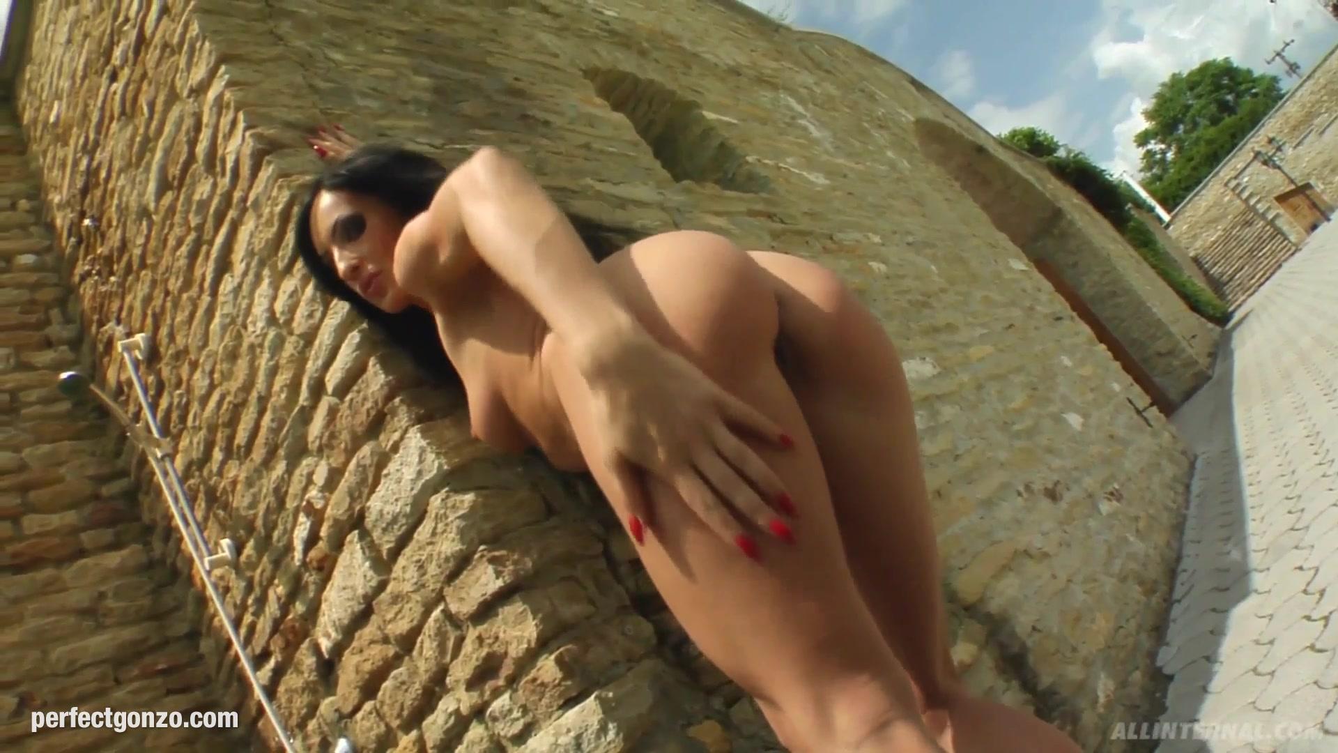 Hot Nude Caught masterbating to porn