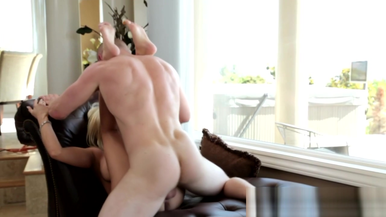 Dazzling sweetie nailed Free sex video trilor