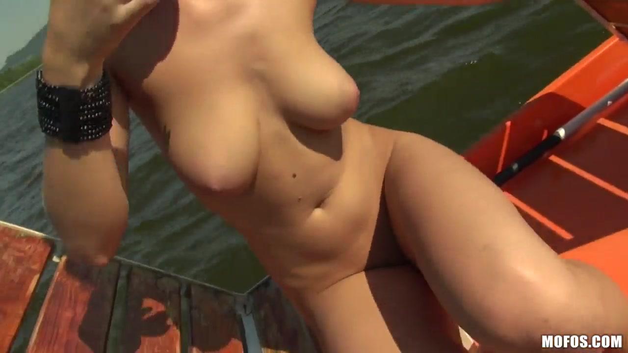Blond bombshell milf chrissy maxx All porn pics