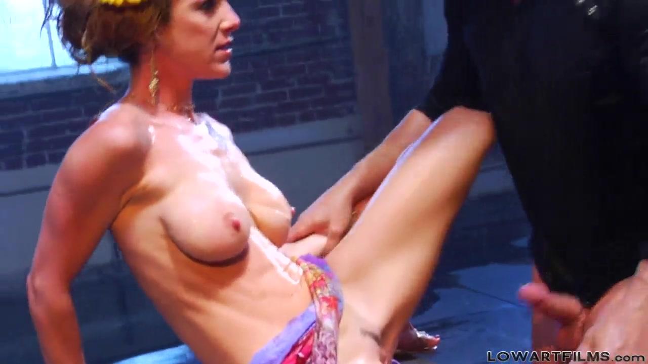 Curajoasa online dating Porn Base