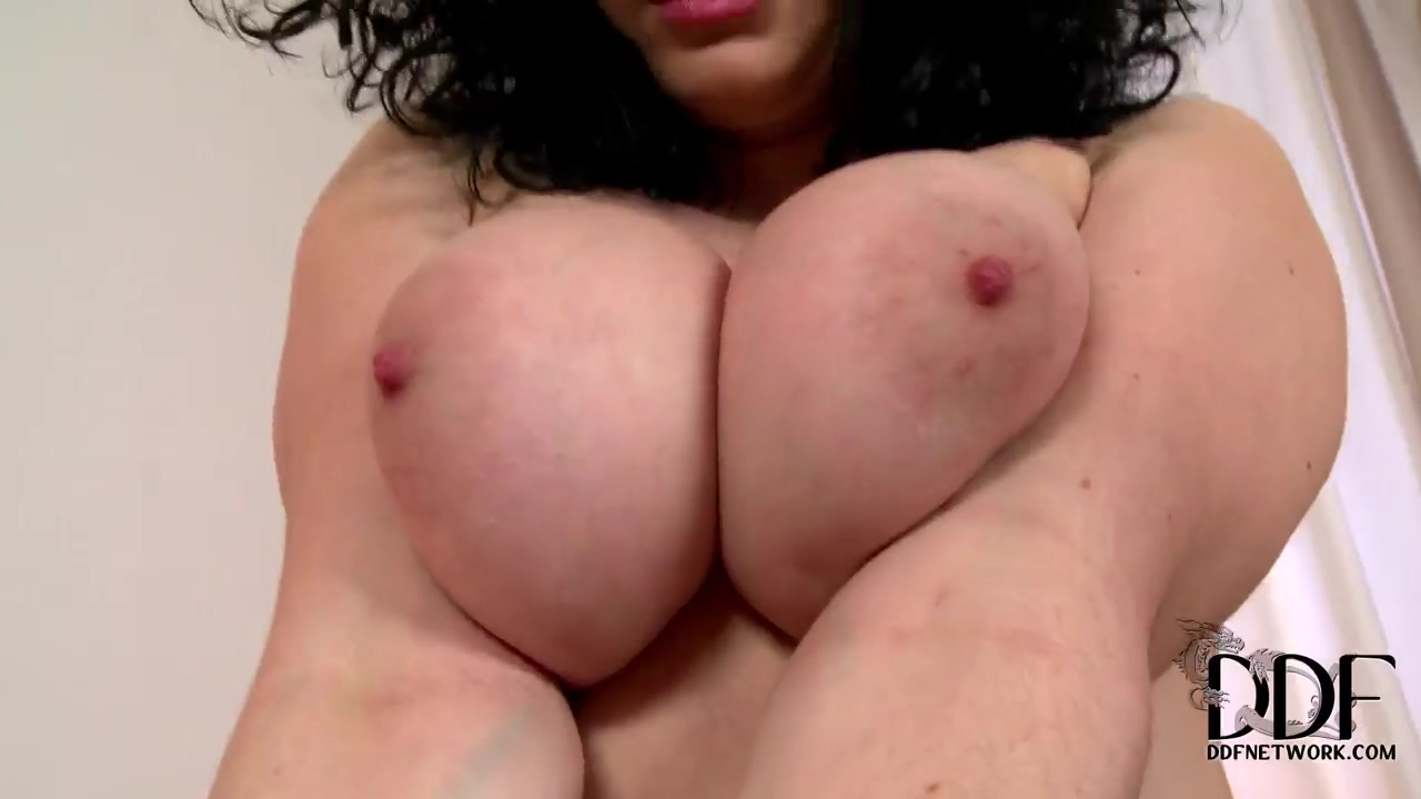 Porn FuckBook Free busty centerfold naughty in bed