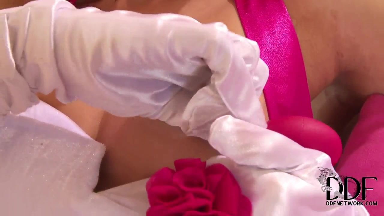 Hot Nude Silvercupid dating