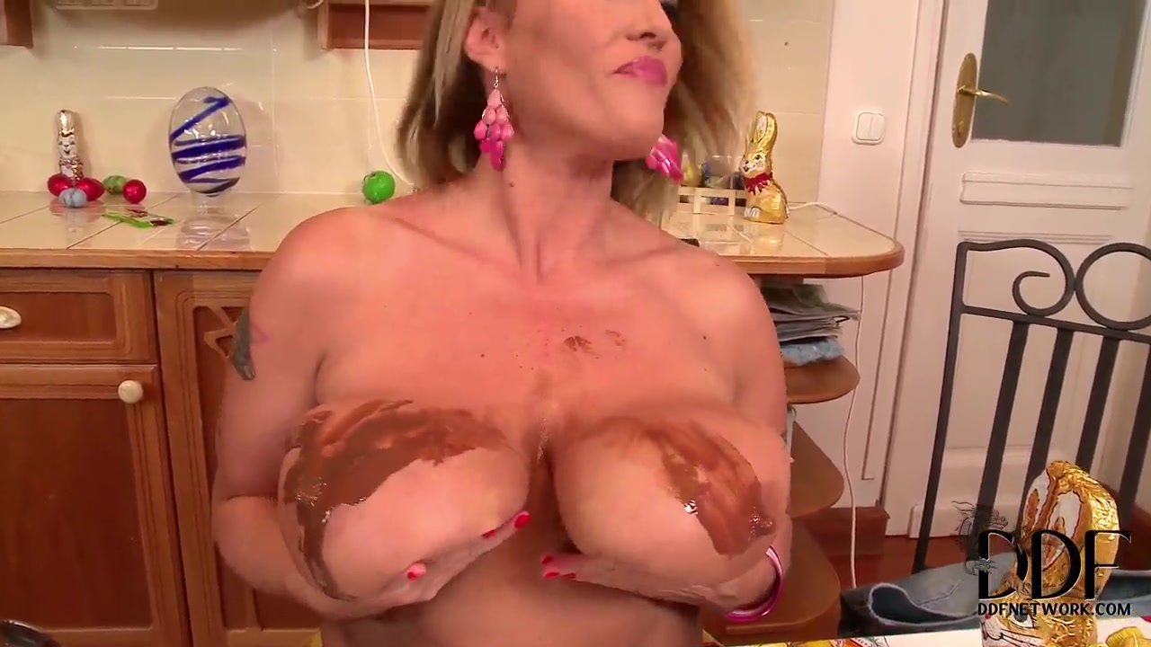 Porn FuckBook Naughty real all girl party
