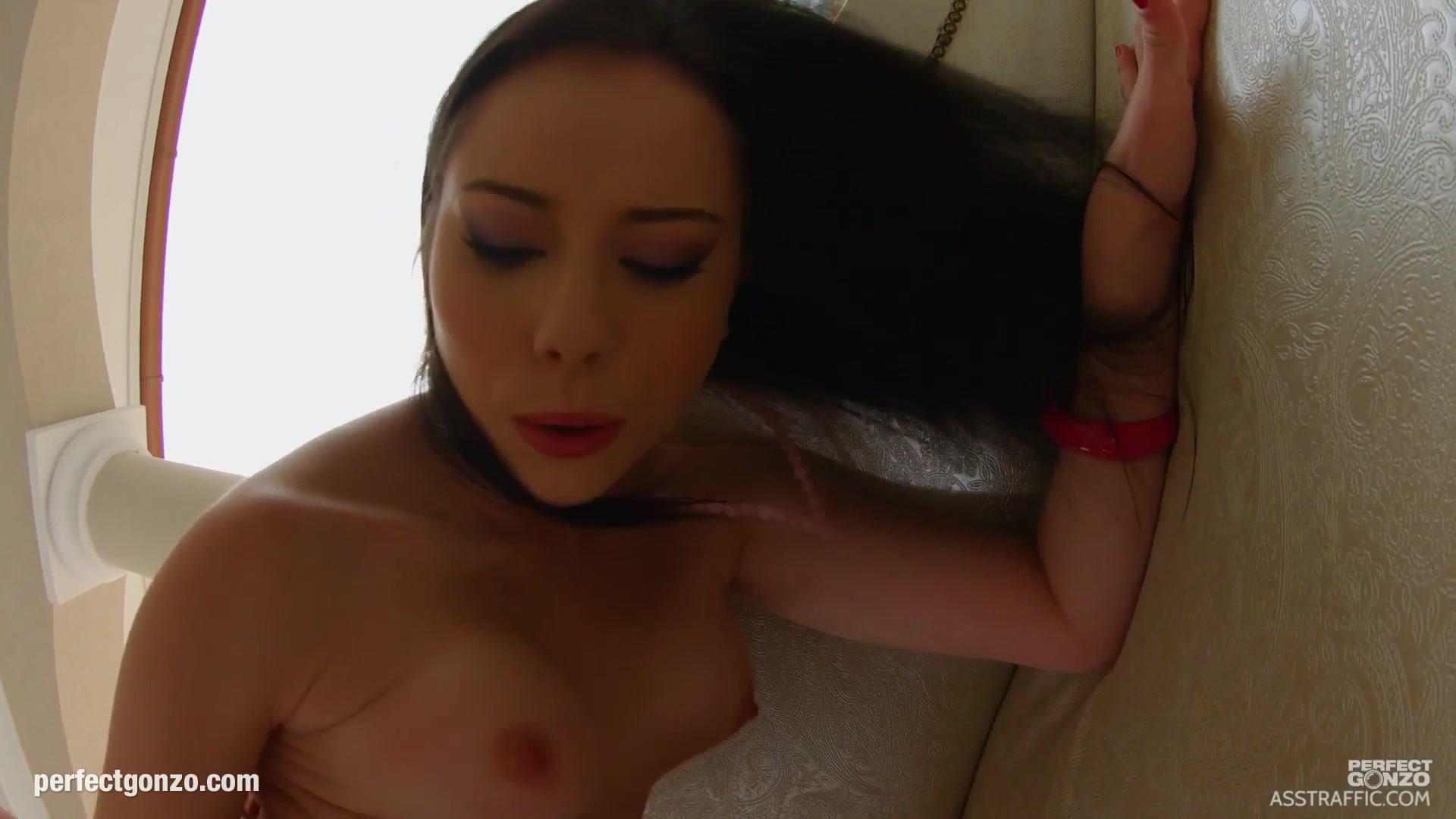 Sex photo Good looking girl porn