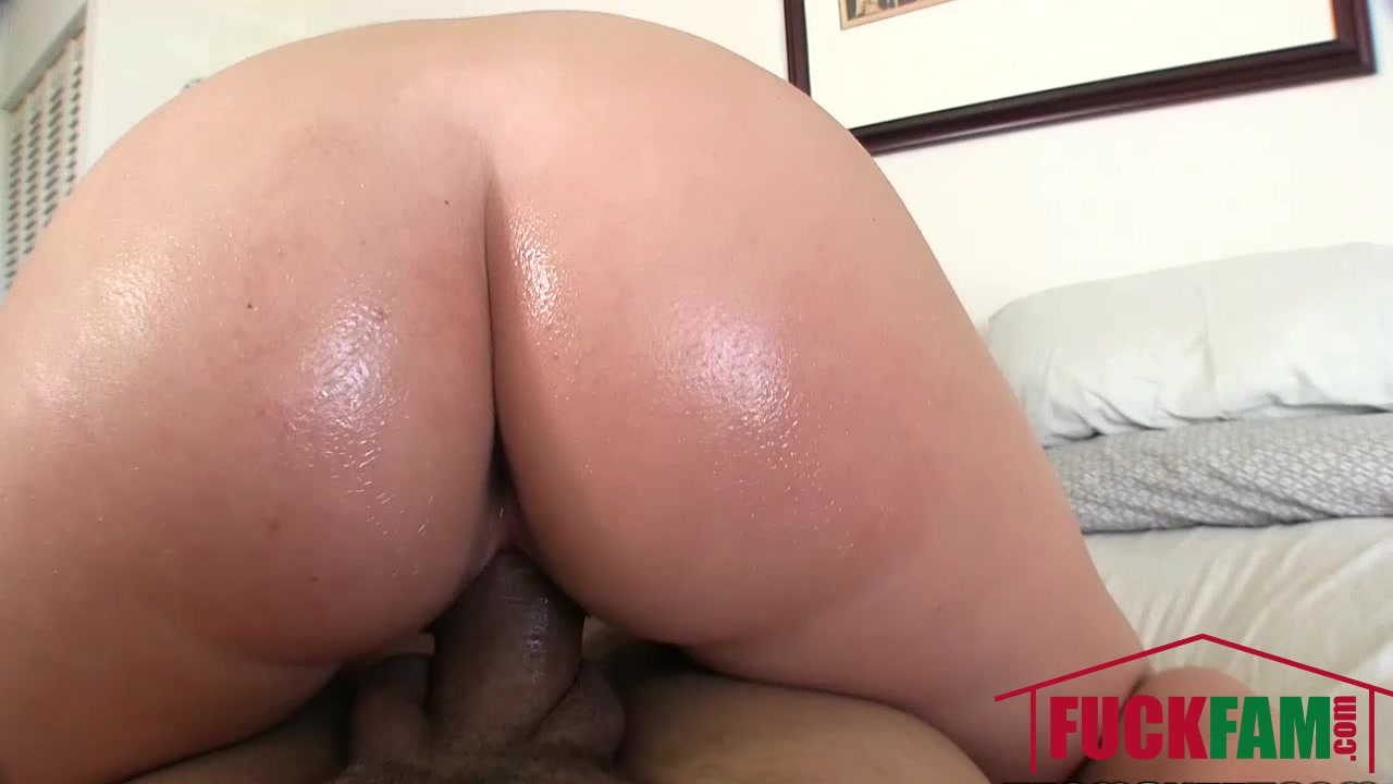 Sexy xXx Base pix Babe milf big titty asian