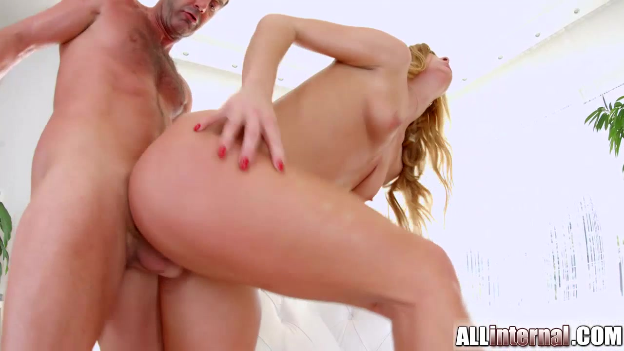 Nude gallery Mother Caught Hi Son To Blowjob