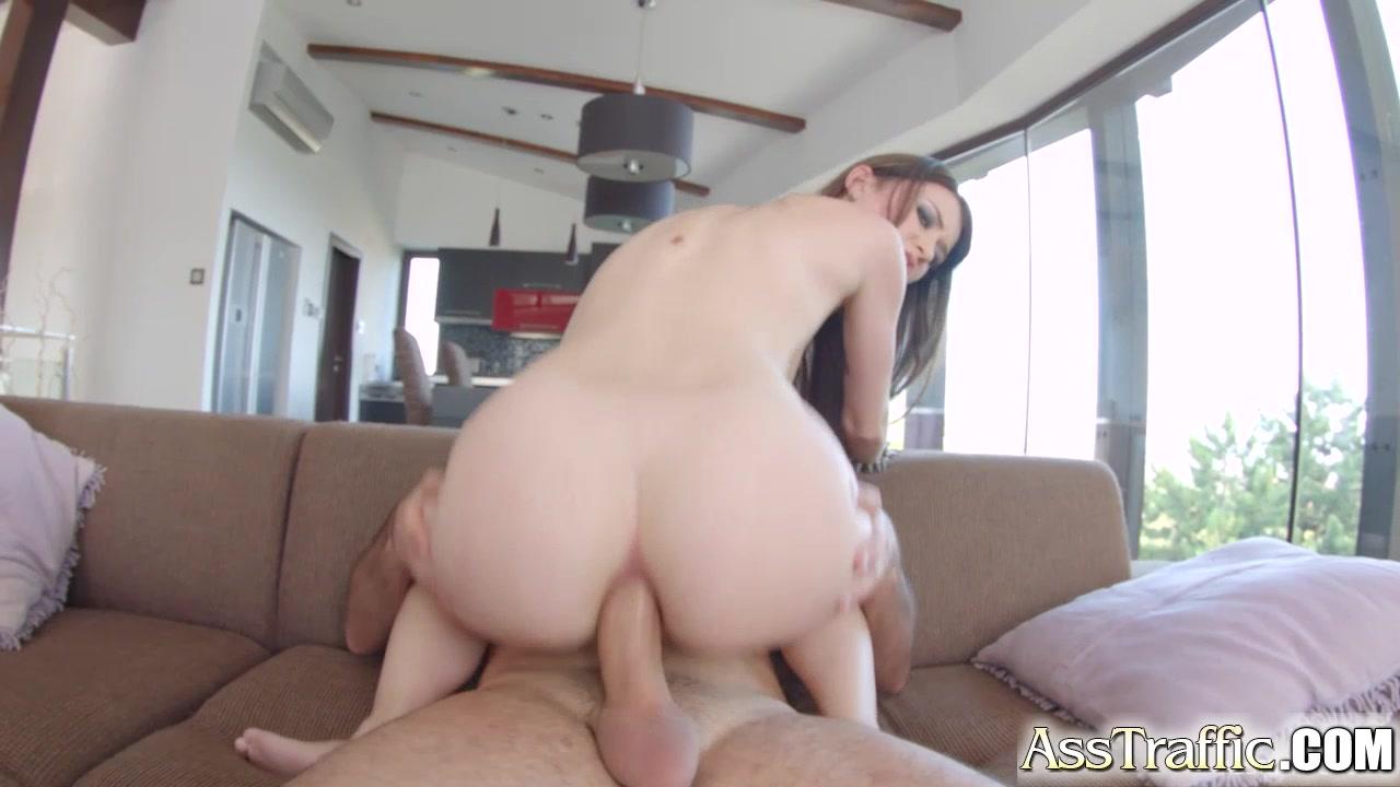 Nude pics Escort girl brignais