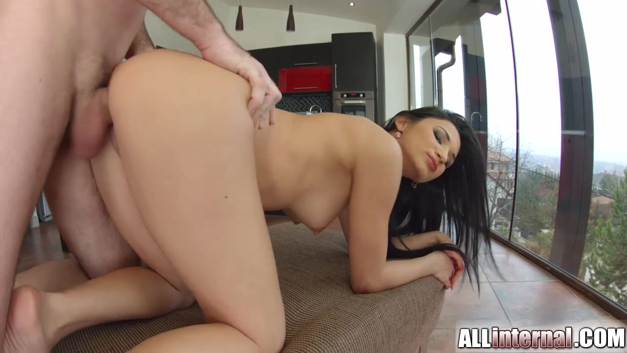 Dating fails hand position while driving XXX Video