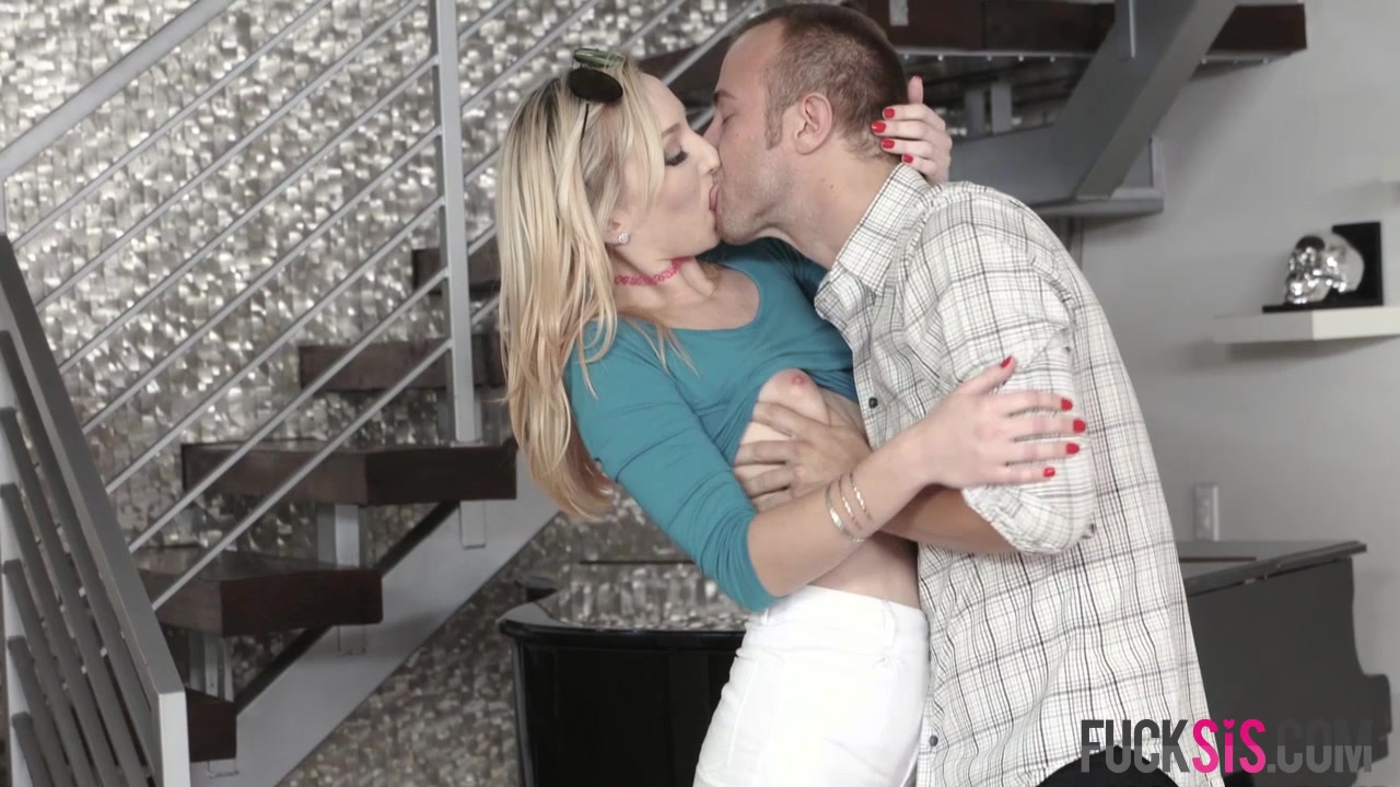 Porn pic Mature Make Out