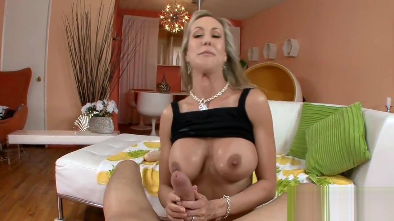 Babe is fucked so well anal fuck without lube